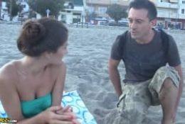 Wyrwał ją na plaży
