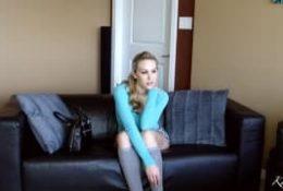 Katie Banks i jej dildo