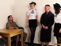 2 policjantki i 3 kutasy