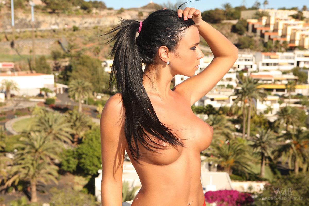 Ashley Bulgari (5)